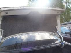 Обшивка крышки багажника. Nissan Cefiro, A32