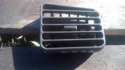 Решетка вентиляционная. Mitsubishi Galant, E53A Двигатель 6A11