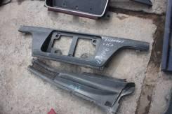 Рамка для крепления номера. Mitsubishi Diamante, F15A Двигатель 6G73