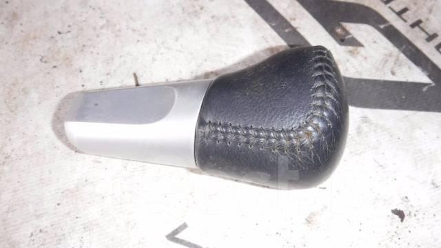 Ручка переключения автомата.
