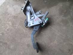 Педаль тормоза. Toyota Crown, GRS180, GRS181, GRS182, GRS183