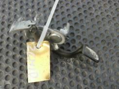 Ручка открывания бензобака Toyota Isis, ZGM10