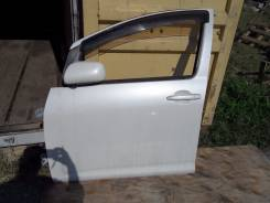 Дверь боковая. Toyota Wish, ZNE10