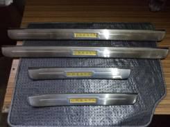 Редкие хромированные накладки на пороги кузова Toyota Cresta GX, JZX90. Toyota Cresta, JZX90