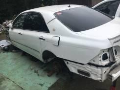 Задняя часть автомобиля. Toyota Crown, GRS184