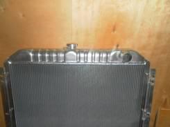 Радиатор охлаждения двигателя. Komatsu
