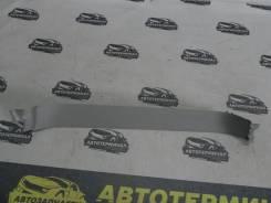 Накладка багажника правая верхняя Toyota Land Cruiser Prado