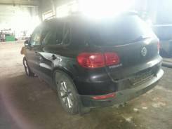 Volkswagen Tiguan. CAXA