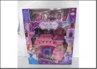 Замок с фигурками