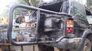 Крепление запасного колеса. Nissan Terrano, PR50, RR50