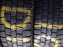 Dunlop DSV-01. Зимние, без шипов, 2011 год, износ: 10%, 2 шт