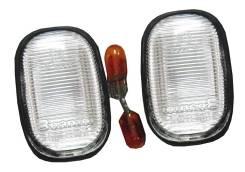 Повторитель поворота c лампочкой в крыло, комплект 2шт Toyota Corolla, Toyota 8173020210 2ADFHV