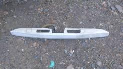 Фонарь освещения номерного знака. Nissan Wingroad, NY12