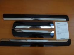Накладка на дверь. Lexus LX450d Lexus LX570 Toyota Land Cruiser