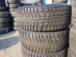 Michelin X-Ice North. Зимние, шипованные, износ: 30%, 2 шт