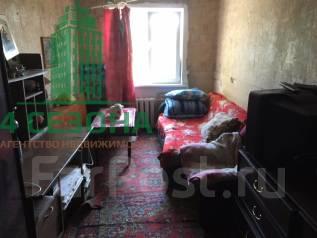 Комната, проспект 100-летия Владивостока 30а. Столетие, агентство, 15 кв.м. Комната