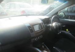 Панель приборов. Mitsubishi Outlander, CW5W Двигатель 4B12