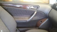 Обшивка двери. Mercedes-Benz W203 Mercedes-Benz C-Class, W203