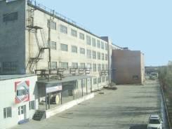 Производственные помещения, теплые, аренда, Суворова 77 от 100 р/кв. м. 100 кв.м., улица Суворова 77, р-н Индустриальный. Дом снаружи