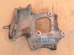 Крепление компрессора кондиционера. Toyota Hiace, KZH106G, KZH106W Двигатель 1KZTE
