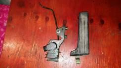 Педаль акселератора. Toyota Mark II, JZX110