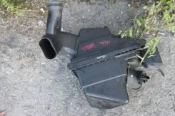 Корпус воздушного фильтра. Nissan X-Trail, T30 Двигатель QR20DE