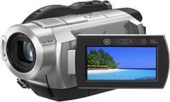 Sony HDR-UX5E. с объективом