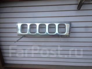 Решетка радиатора. Suzuki Jimny, JB33W