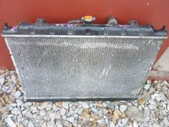 Радиатор охлаждения двигателя. Nissan Avenir, W11 Двигатель QG18DE
