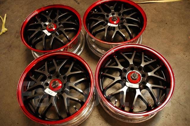 Sparco. 8.5/9.5x18, 5x114.30, ET35/45, ЦО 73,0мм.