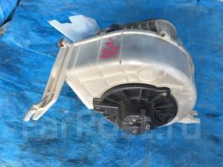 Корпус моторчика печки. Toyota Hilux Surf, RZN185, VZN185, RZN185W, VZN185W, KZN185, RZN180, KZN185G, KZN185W, RZN180W