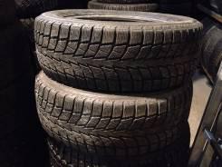 Bridgestone Blizzak Nordic. Зимние, без шипов, износ: 30%, 2 шт