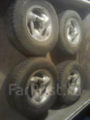 Продаю оригинальные диски Санг Йонг SsangYon (цена за диски + шины). 8.0x15 6x139.70 ET35 ЦО 104,1мм.