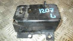 Кронштейн усилителя заднего бампера левый Nissan Tiida 2007-