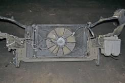 Рамка радиатора. Toyota Wish
