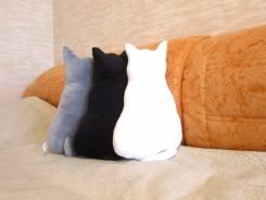 Игрушки-подушки.