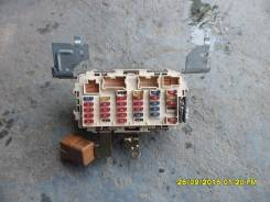 Блок предохранителей салона. Nissan Laurel, 35
