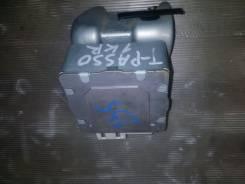 Блок управления рулевой рейкой. Toyota Passo, KGC10