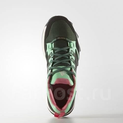 Ботинки треккинговые. 35