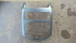 Рамка магнитолы. Chevrolet Aveo, T300