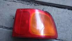 Продам заднюю фару правую на Toyota Ipsum 97-99год