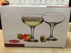 Бокалы для мартини.