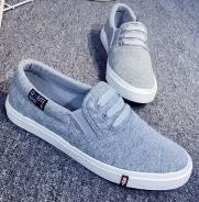 Спортивная обувь. 37