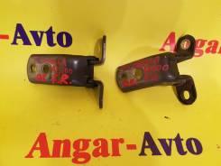 Крепление боковой двери. Toyota: Corolla Verso, Corolla Rumion, Yaris, RAV4, Noah, Passo Sette, Sprinter Trueno, IS300, Matrix, Succeed, Vitz, Ractis...