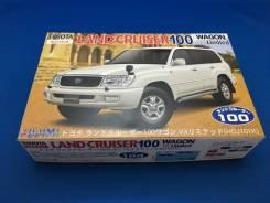 Модель Toyota Land Cruiser 100 масштаб 1:24 для сборки (склеивания)