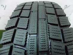 Dunlop DT-2. Зимние, без шипов, 2012 год, износ: 30%, 1 шт