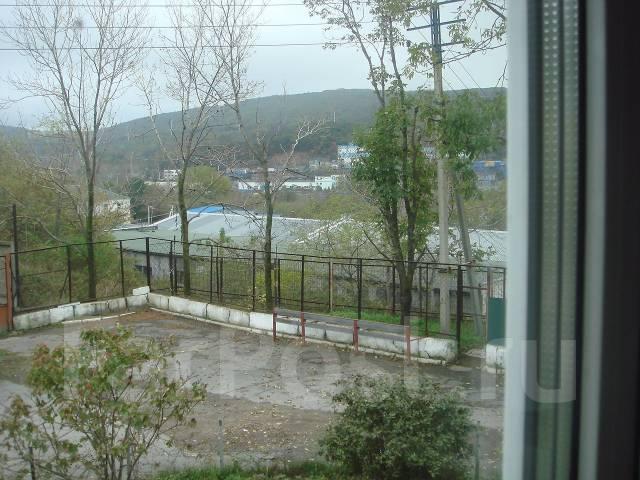 Сдам Отапливаемое помещение под склад от собственника во Владивостоке. 210кв.м., улица Снеговая 111/113, р-н Снеговая. Вид из окна