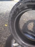 Roadstone. Зимние, шипованные, 2013 год, износ: 5%, 2 шт