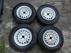 Bridgestone Blizzak Revo 969. Всесезонные, 2010 год, износ: 10%, 5 шт