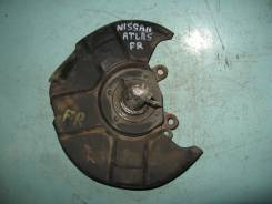 Кулак поворотный. Nissan Atlas, P2F23 Двигатель TD27